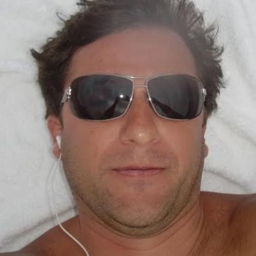AlexBrazil's avatar