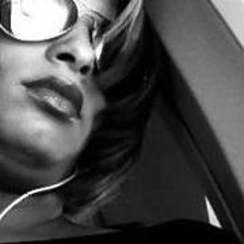 Dayanara Castillo's avatar