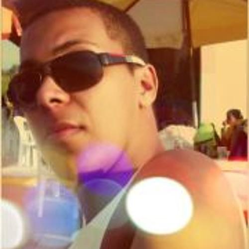 Ueliton Oliveira's avatar