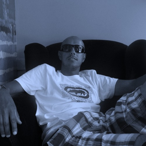 TITO CABRERA's avatar