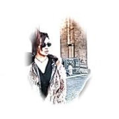 Lindsy Mo's avatar