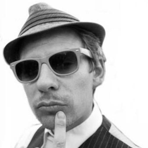 CharlieChuckles's avatar