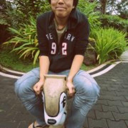 Kelvin Kennedy Ng's avatar
