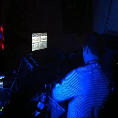 DJ2u1s's avatar