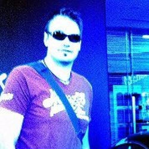 Tomi Martikainen's avatar