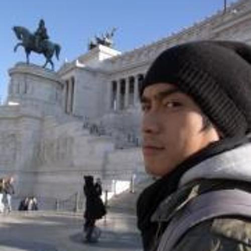 Aaron Lin's avatar