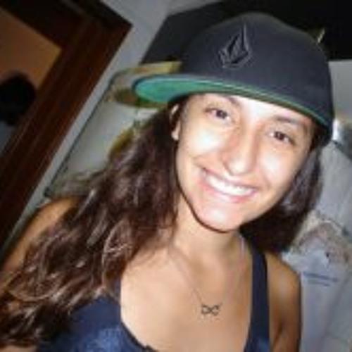Roberta Fogaça's avatar