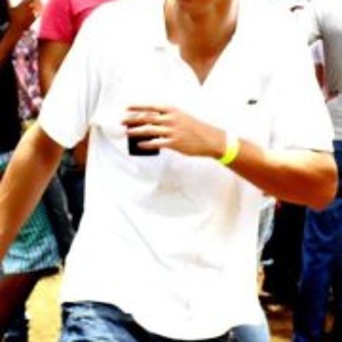 Lucas Oliveira 19's avatar