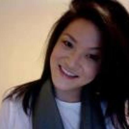 Christine Kim 7's avatar