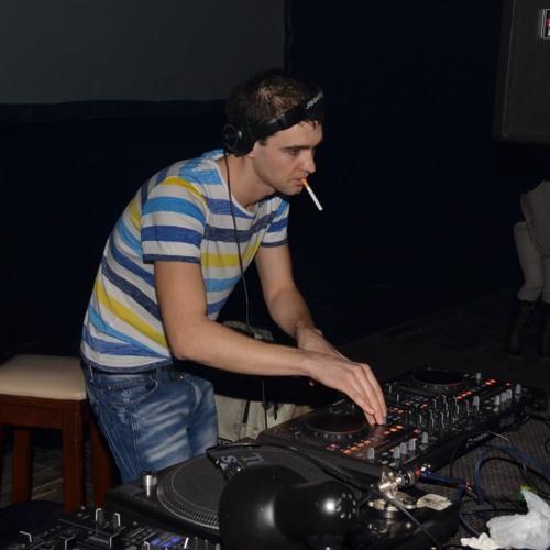 Shipe Born4Techno  2012-03-04 4h07m39