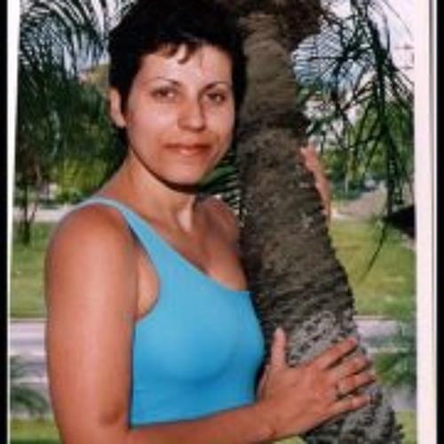 Aline De Sucupira's avatar