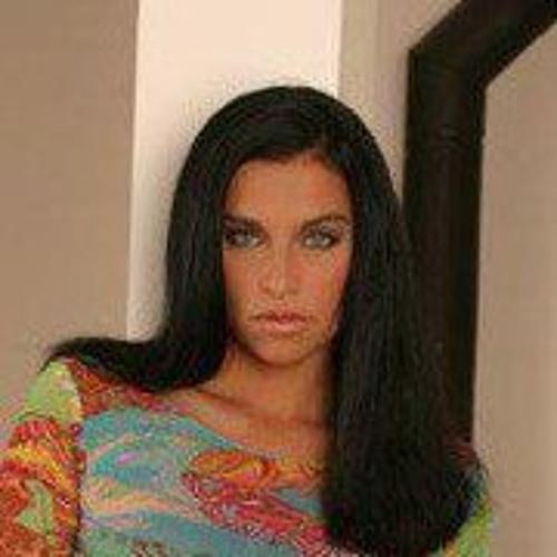 Marketa Holoubkova's avatar