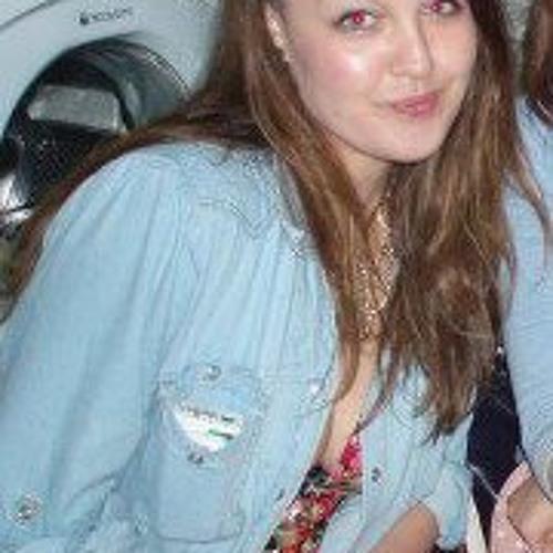Sarah Kirk's avatar