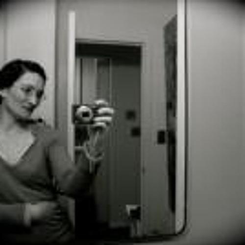 Cecile-M's avatar