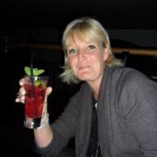Lindha Stradi Fayer's avatar