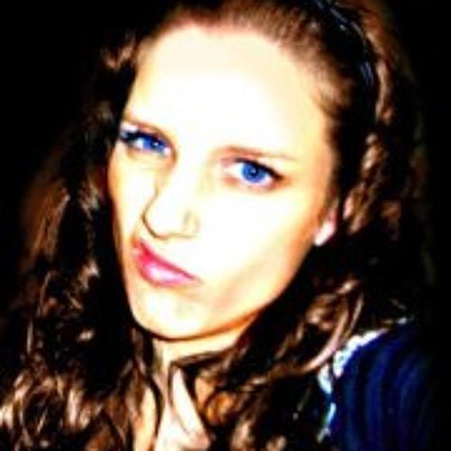 Julia Hanna DeLorge's avatar