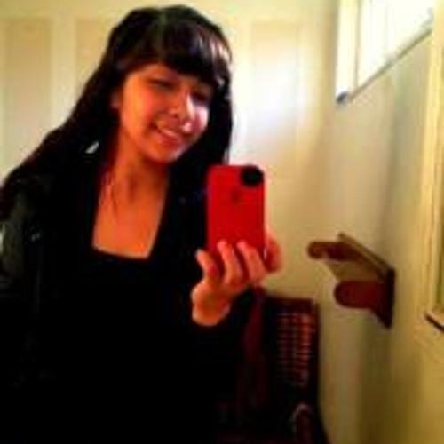Sophia Leon's avatar