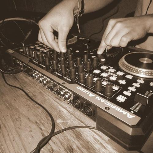 DJ Leiva - ElectroHouse Session (27-03-12)