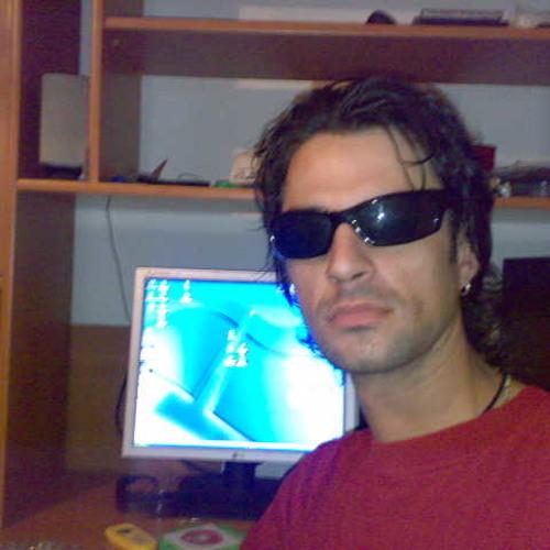 Rizzo77's avatar
