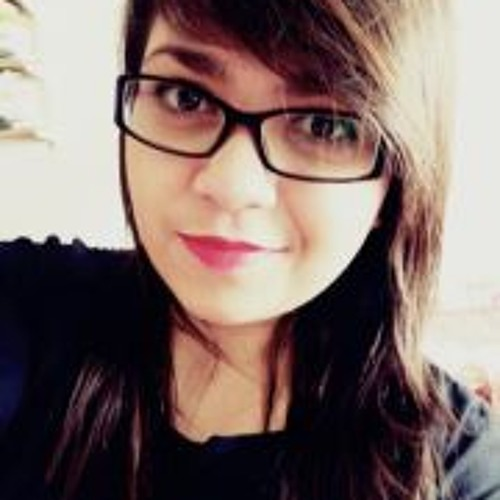 Flávia Nunes's avatar
