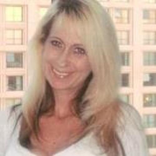 Deborah Clem's avatar