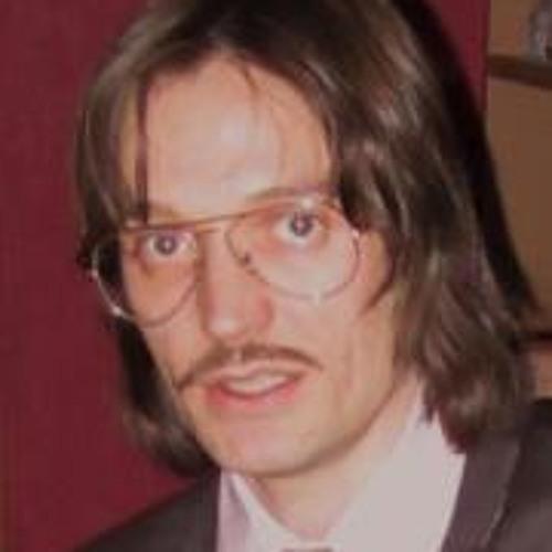 Luis Cerrato's avatar