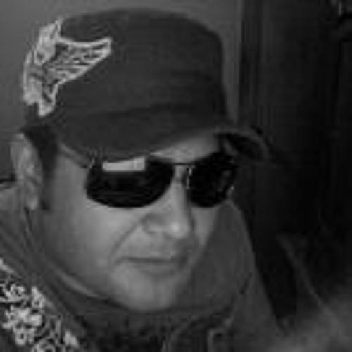 Luis Enrique Zetien's avatar