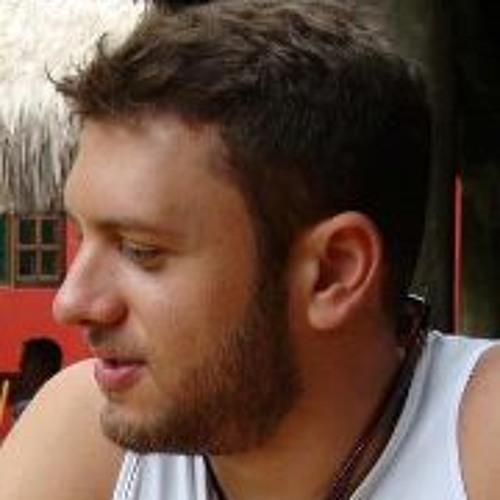 Rodrigo Abou's avatar