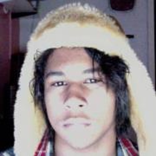 Julian BathingSuit James's avatar