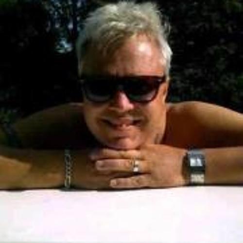 Stuart Picknell's avatar