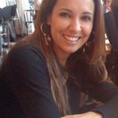 Adriana Kaiser's avatar