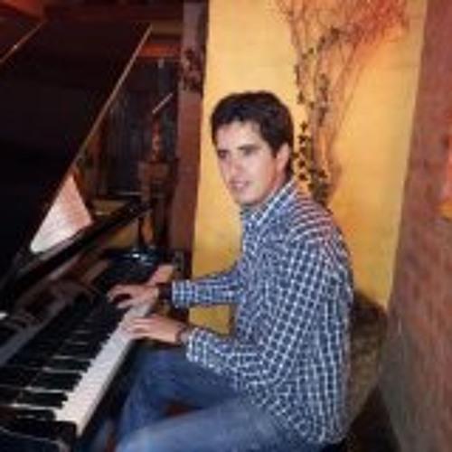 Tiago Sierra Jáuregui's avatar