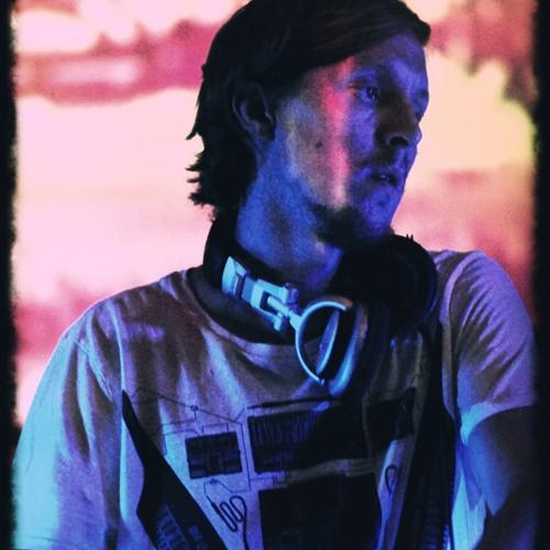 DJ Simon Baring's avatar