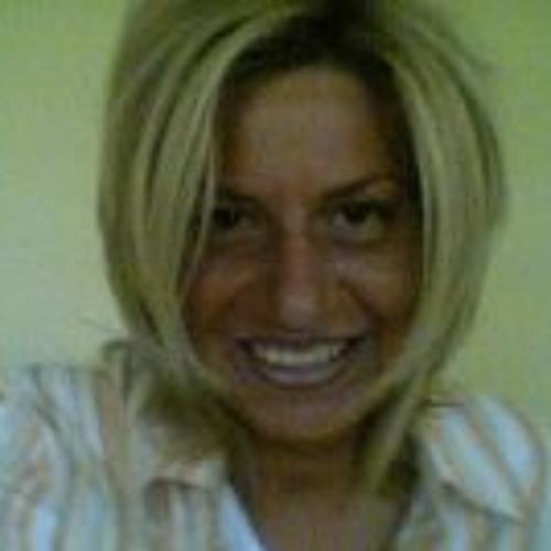 Stephanie Hartung's avatar