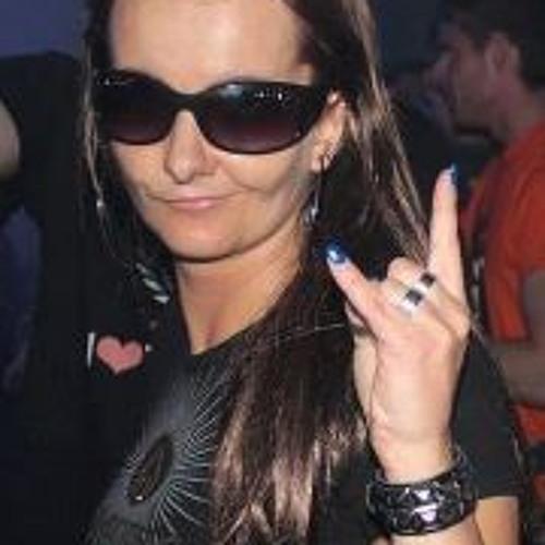 Covergirl's avatar