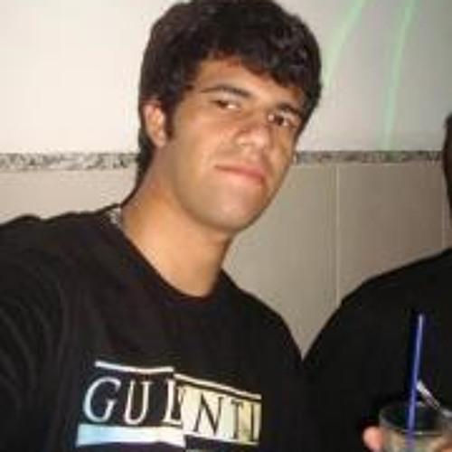 Luã Santos's avatar