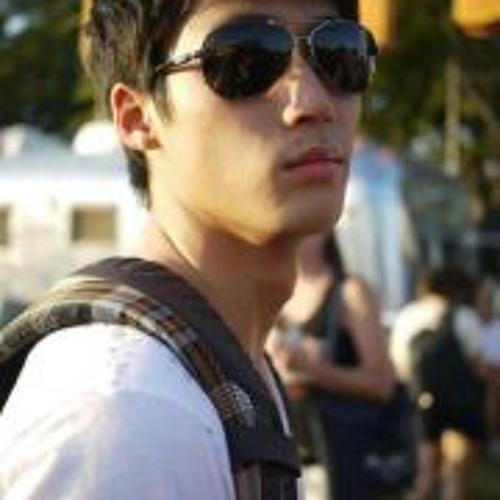 Joono Park's avatar