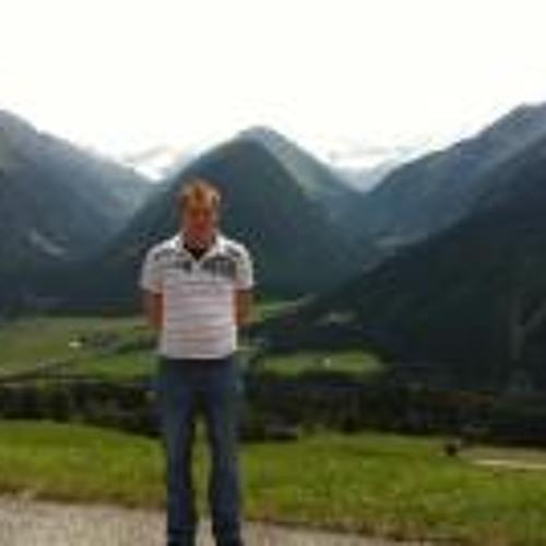 Benjamin Grübl's avatar