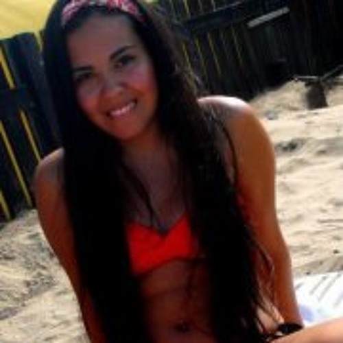Maria Emilia Molina's avatar