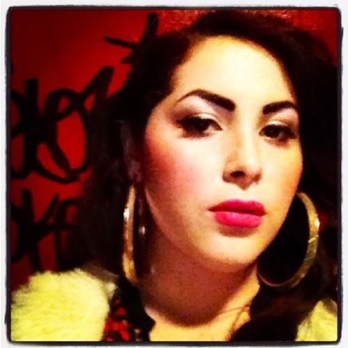 AnnaVictrola's avatar