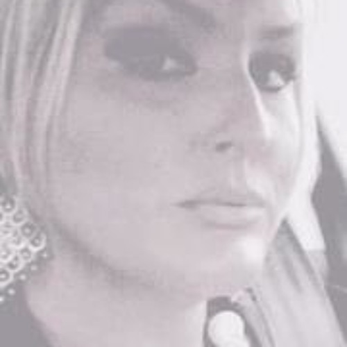 Kelly Smith 15's avatar