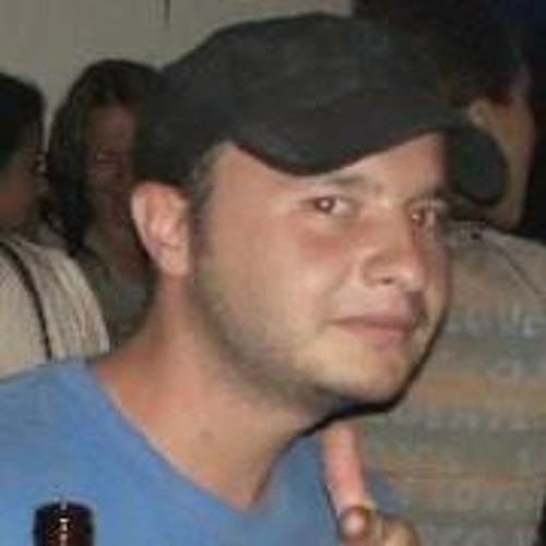 Lucas Correa Velez's avatar