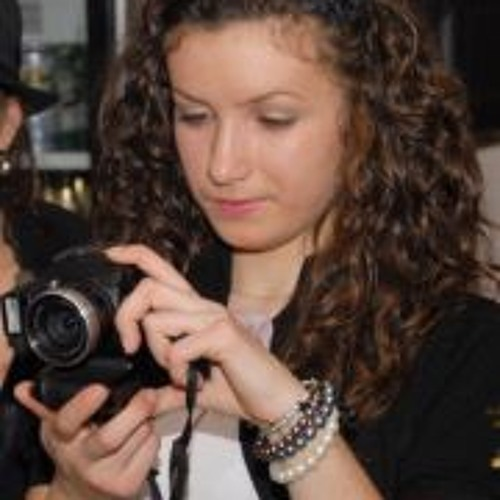 Pascalau Cristina's avatar