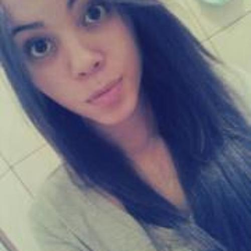 Giovana Alves's avatar