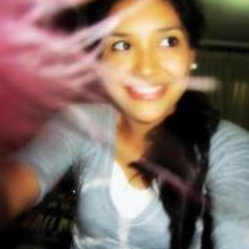 Carla Lorena Dorado's avatar