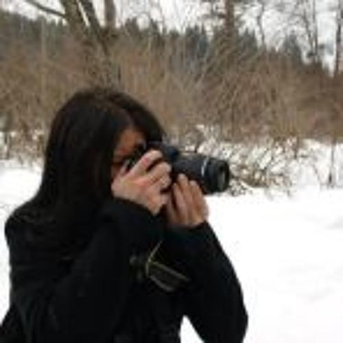 Marika Csegezi's avatar