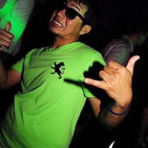 Victor Ramirez 18's avatar