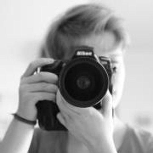 Lisa M Koppe's avatar