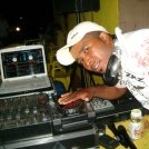 DjMarcos Nascimento's avatar