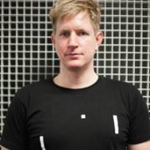 Bond 030's avatar